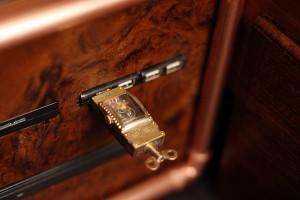 ヴィクトリア調USBメモリ